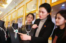 老凤祥美女设计师大胆创新,为百年老品牌注新鲜血液