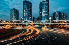 """聚焦""""迈向碳中和时代""""建言献策 第九届上海院士专家峰会在浦东开幕"""